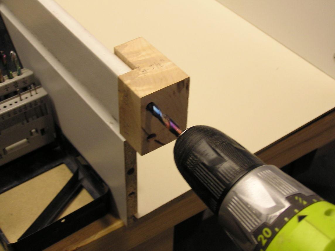 comment renforcer un meuble ikea la r ponse est sur. Black Bedroom Furniture Sets. Home Design Ideas
